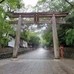 奈良の春日大社の神様は、なんと枚岡神社の分霊なんです。そのため「元春日」と称されています。