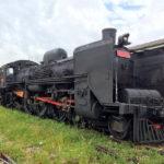 高雄鉄道博物館(打狗鉄道故事館)と蒸気機関車や昔の客車が展示されている